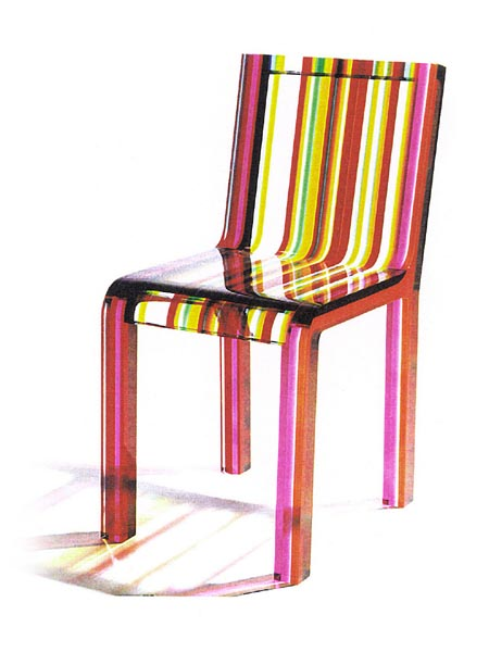 Chaise arc en ciel en acrylique