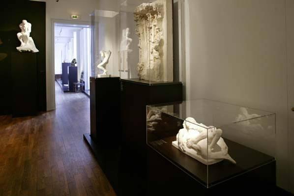 Plexiglas pour musée et expositions
